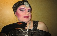 Showman drag queen profesional