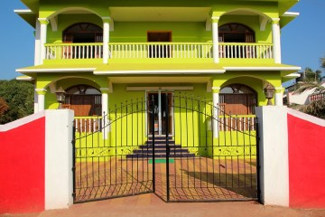 home gate open