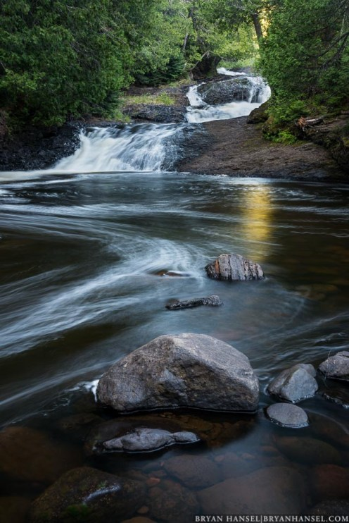 hidden fall of the cascade river