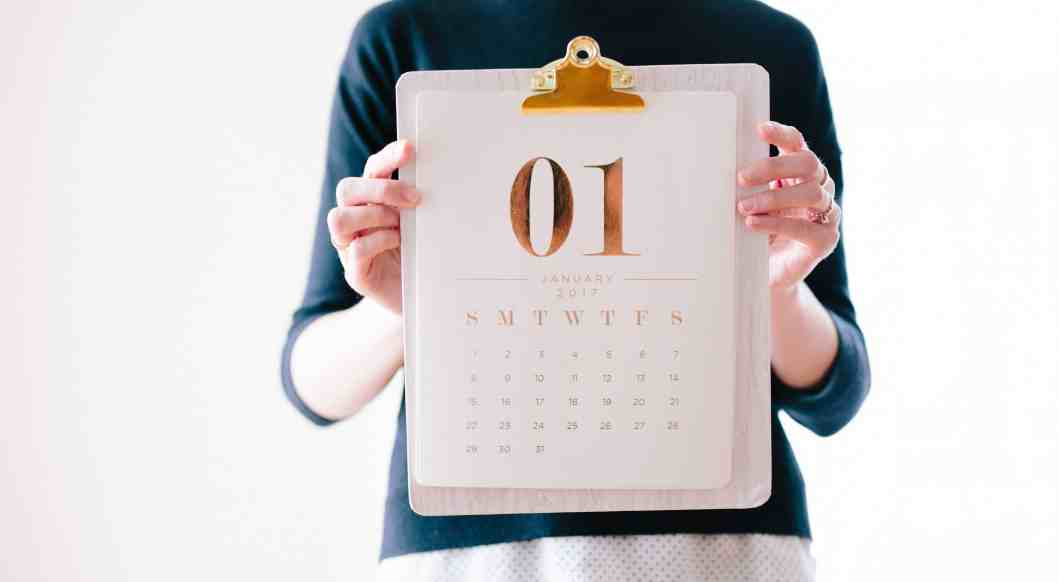 why new year's resolutions fail calendar showing January 1