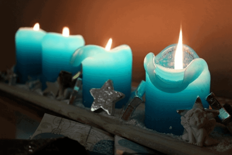 blue Christmas candle Advent wreath