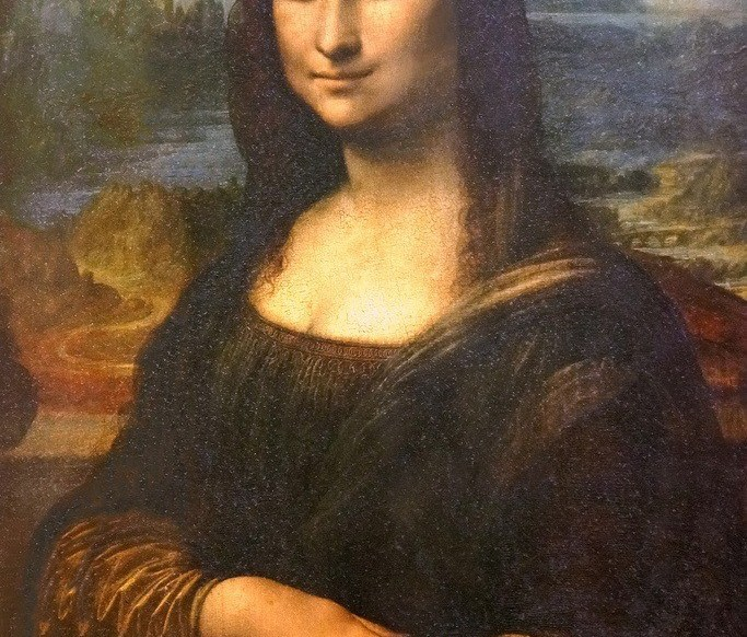 Mona Lisa, the archetype of friendly distant