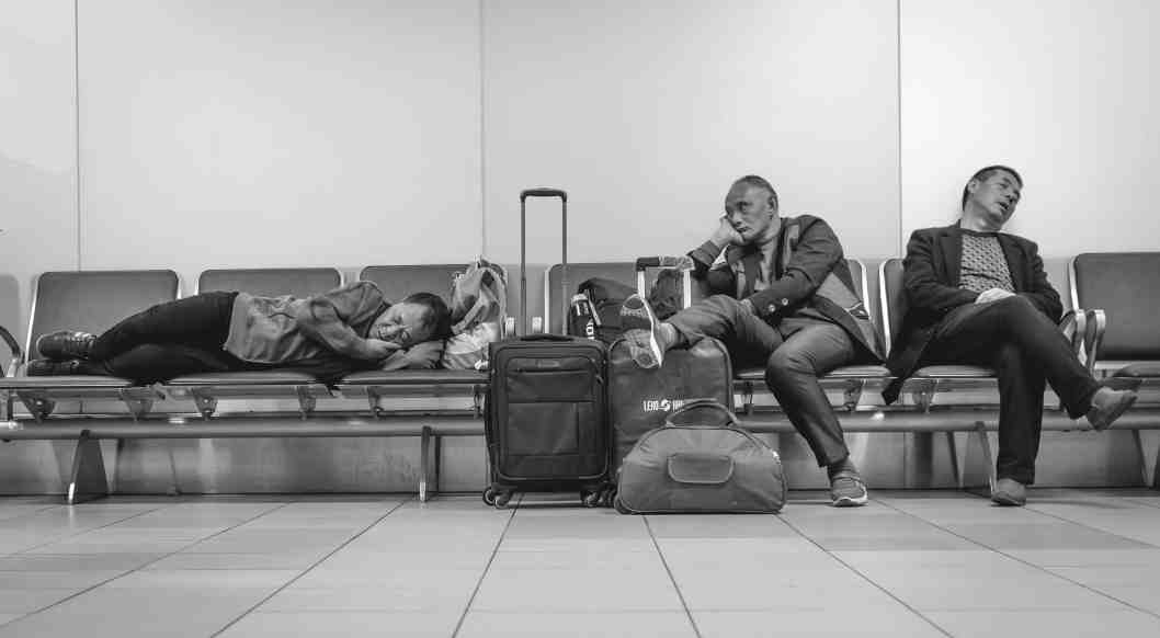 delayed flights improve your relationship