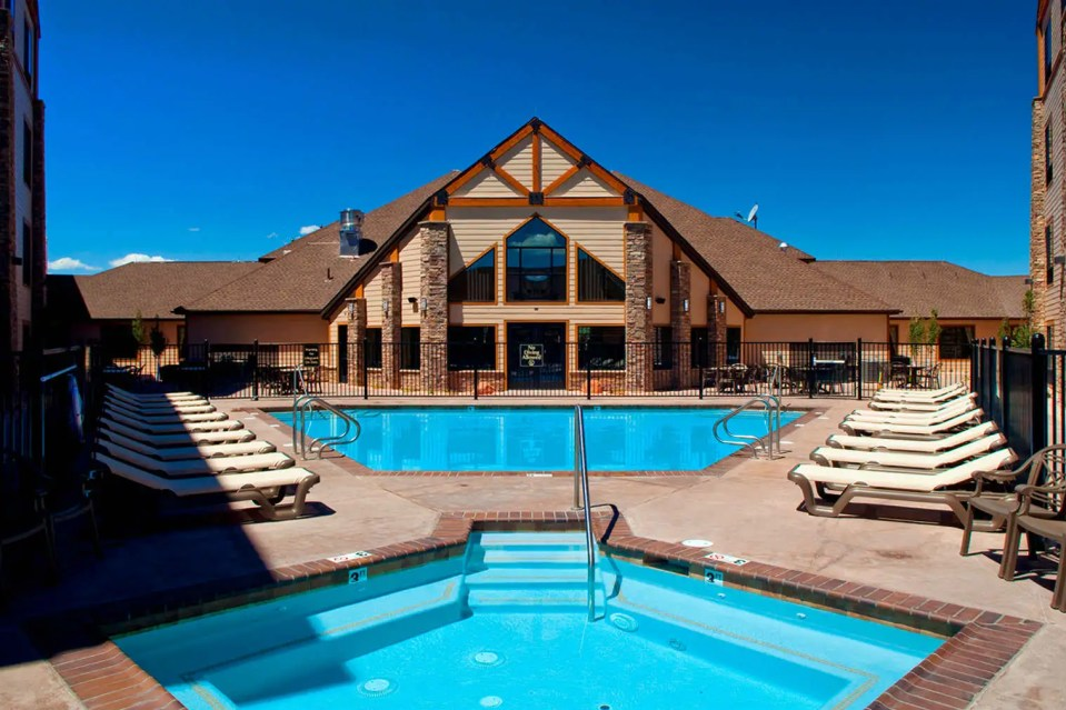Hotels Around Bryce Canyon National Park