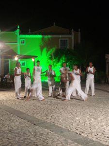 900px-Capoeira_en_Vila_Nova_da_Praia