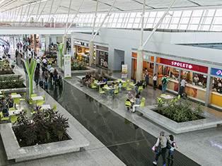 Aeroporto de Brasília expande área comercial