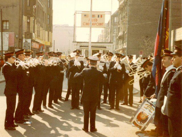 1982 - Fellowship band play at 'Check Point Charlie'.