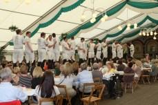 Schützenfest 2012: Bunter Nachmittag: Sappeure auf dem Laufsteg
