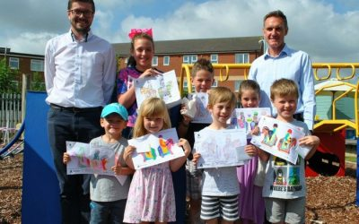 Allen Signs Challenges Primary Pupils to Put Pen to Paper