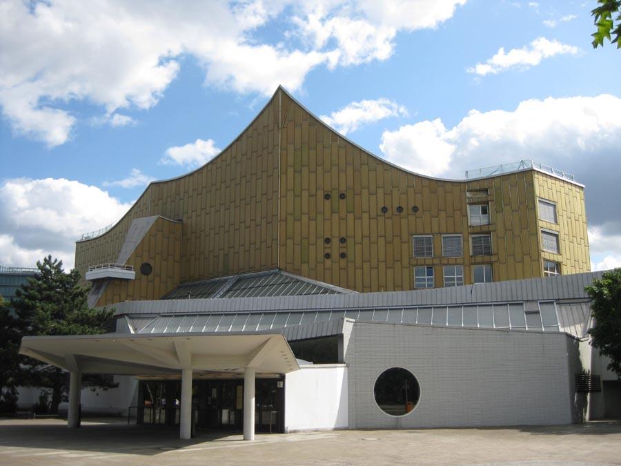 La Biblioteca di Stato di Berlino progettata da Bernhard Scharoun