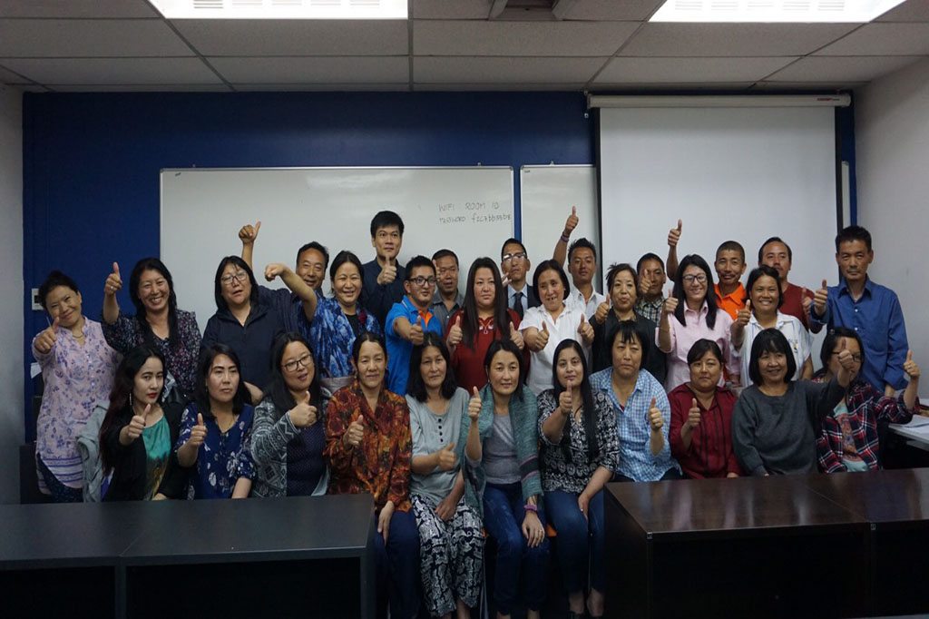 First 3 Days Training Session on Office Management & Effective Administrative Skills with Mr. Pakpong
