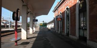 Brescia (particolare area dedicata ferrovie nord milano) - foto Mario Vilardi - www.bsnews.it
