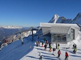 Panorama 3000 glacier sul ghiacciaio della Presena, nel Bresciano.