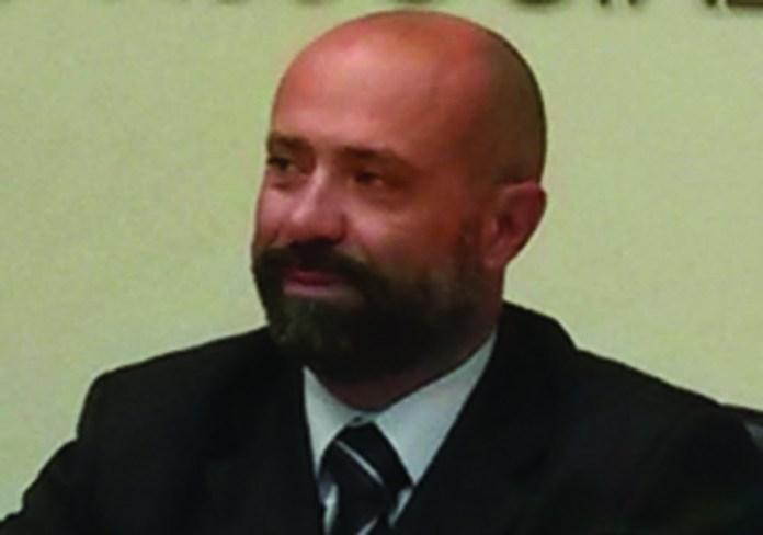 Douglas Sivieri Apindutria