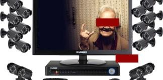 Nonnina beccata dalle telecamere a rubare - fotomontaggio BsNews - www.bsnews.it