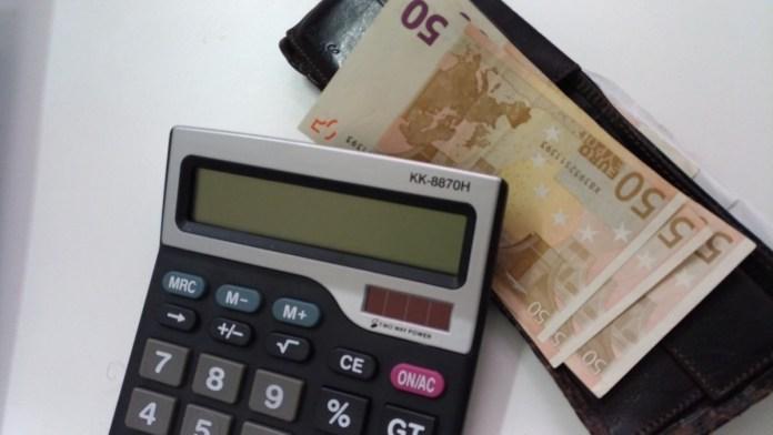 Risparmi, soldi, denaro, foto di Andrea Tortelli, www.bsnews.it