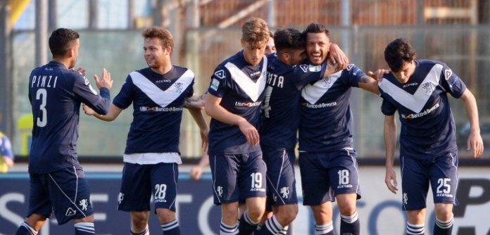 Brescia calcio, foto da sito ufficiale, www.bsnews.it