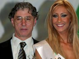 Umberto Bossi con l'ex miss Padania Alice Grassi (2003)