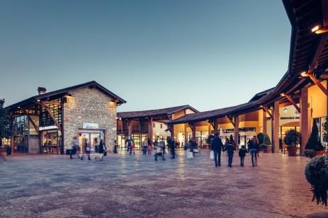 Un'immagine dell'Outlet Franciacorta di Rodengo Saiano