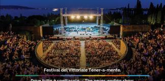 L'arena del festival Tener-A-Mente al Vittoriale degli Italiani di Gardone riviera, www.bsnews.it