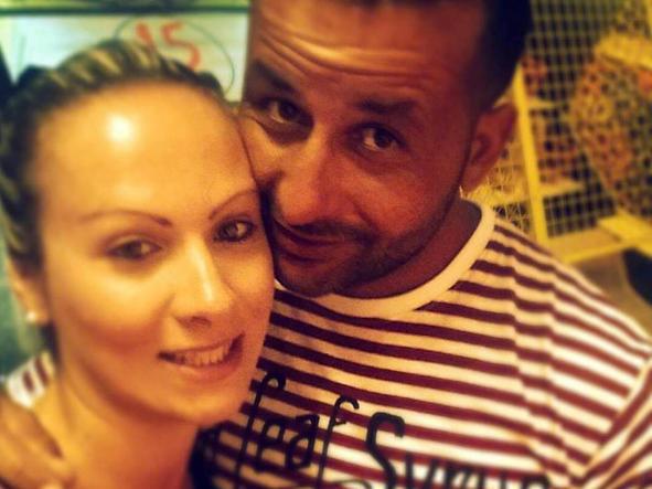 La palazzolese Daniela-Bani con il marito killer Chaanbi Mootaz.jpg