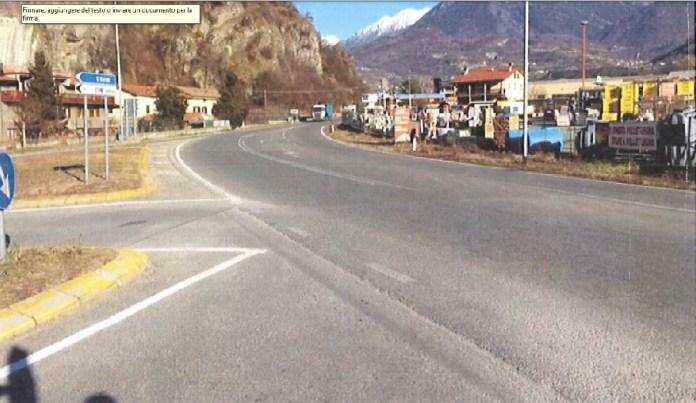 Il luogo dell'incidente in cui è morto Nicola Gheza, il 19enne di Esine deceduto il 5 dicembre 2015 in seguito ad un tragico incidente stradale