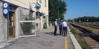 Controlli anti clandestini dei vigili in Stazione a Ghedi, foto Comune Ghedi