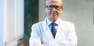 Il dottor Gaicomo Stefani, ortopedico e primario primario all'Istituto clinico «Città di Brescia», foto da Facebook
