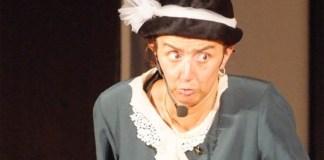 L'attrice Paola Rizzi nei panni della signora Maria, foto da sito ufficiale