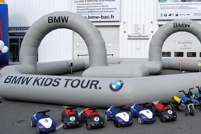 Un'immagine di una delle precedenti tappe del Bmw Kids Tour