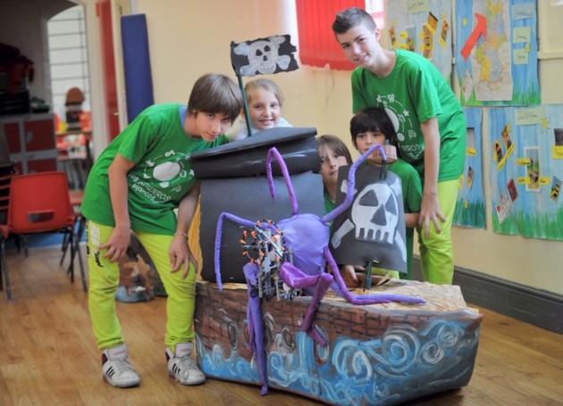 Costruire robot con i lego e altre tecnologie