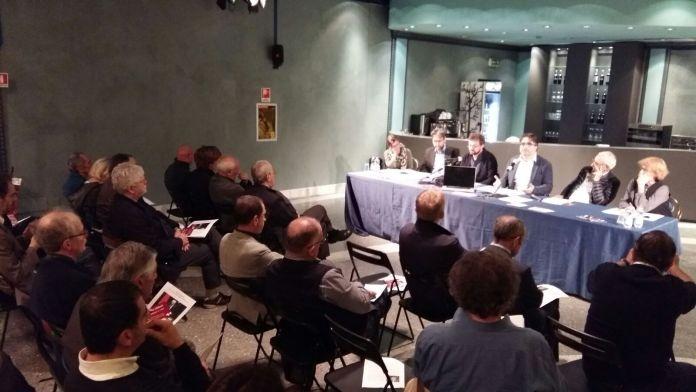 Il tavolo dei relatori della presentazione per Manlio Milani Senatore a vita