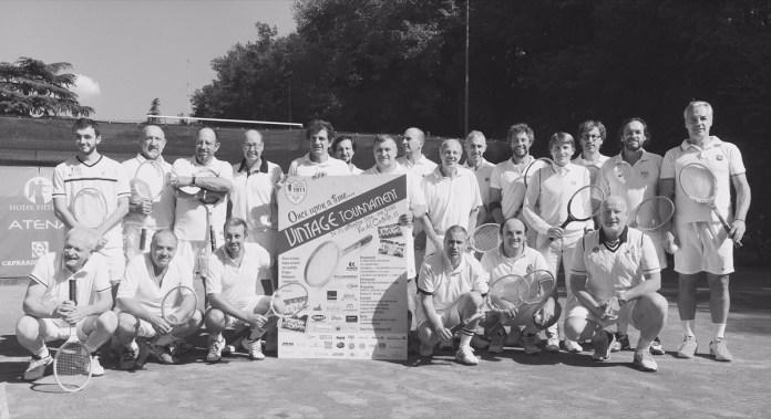 Un'immagine d'epoca del tennis club Forza e Costanza