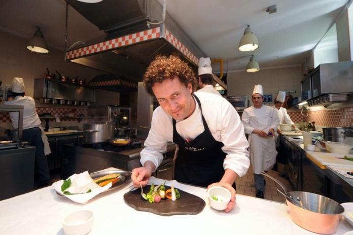 Lo Chef del ristorante Villa Feltrinelli di Gargnano, sul lago di Garda