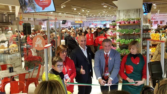 L'inaugurazione dell'Auchan di San Bartolomeo a Brescia
