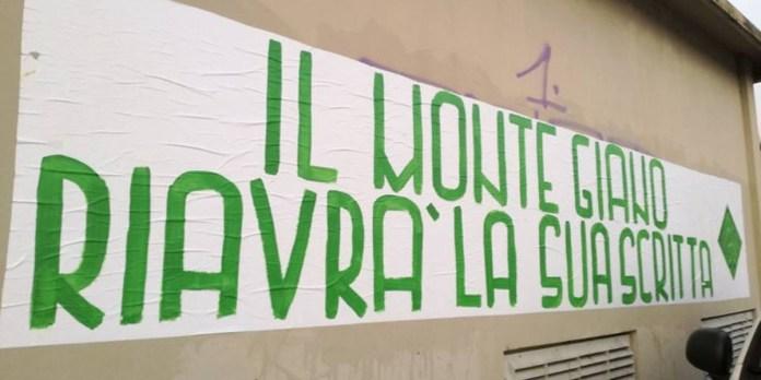 Striscione con scritta di stampo fascista - Brescia