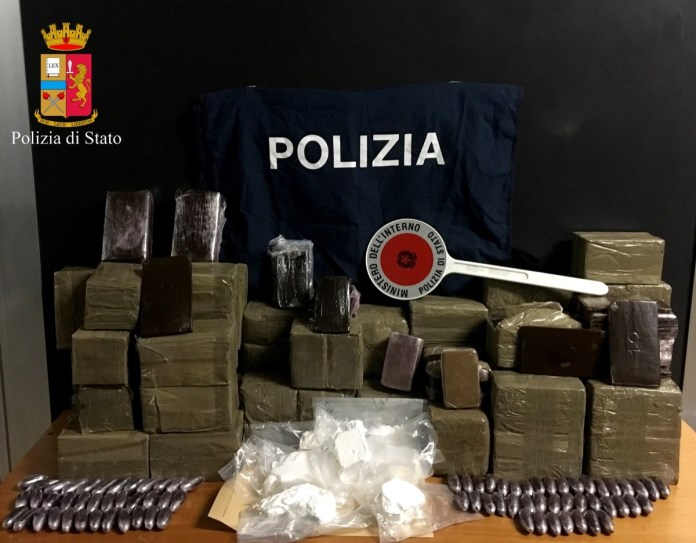 La droga sequestrata a Ospitaletto