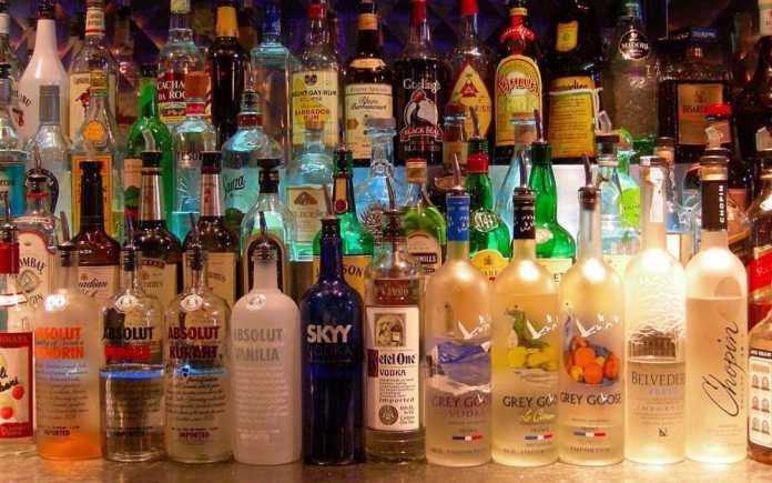 Bottiglie di superalcolici