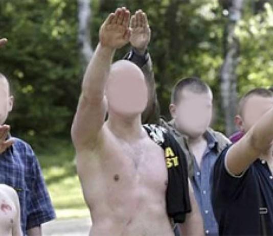 Skineads, teste rasate dell'estrema destra a Brescia
