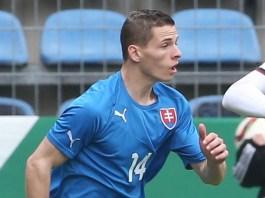 L'esterno Nikolas Spalek