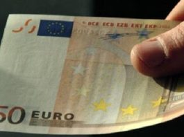 Una banconota da 50 euro - www.bsnews.it