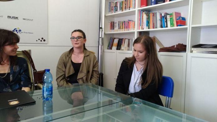 Le studentesse di OkSchool coinvolte nel progetto Erasmus Plus