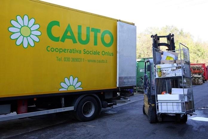 Un mezzo della cooperativa sociale Cauto di Brescia