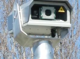 La telecamera del nuovo Velocar, lo strumento che punisce chi viaggia oltre il limite di velocità