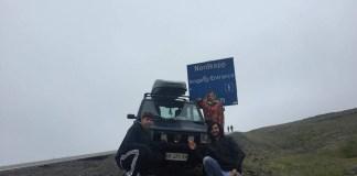 I tre giovani a Capo Nord con la Panda - foto da Facebook