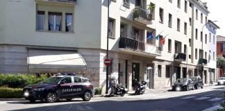I carabinieri tornano nella sede Uil, dove lavoravano Manuela Bailo e l'uomo che l'ha uccisa, foto BsNews.it