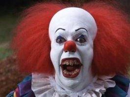 Il clown del film It, tratto dal romanzo di Stephen KingIl clown del film It, tratto dal romanzo di Stephen King