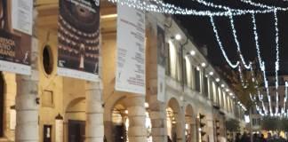 Luminarie in Corso Zanardelli, foto Andrea Tortelli per BsNews.it