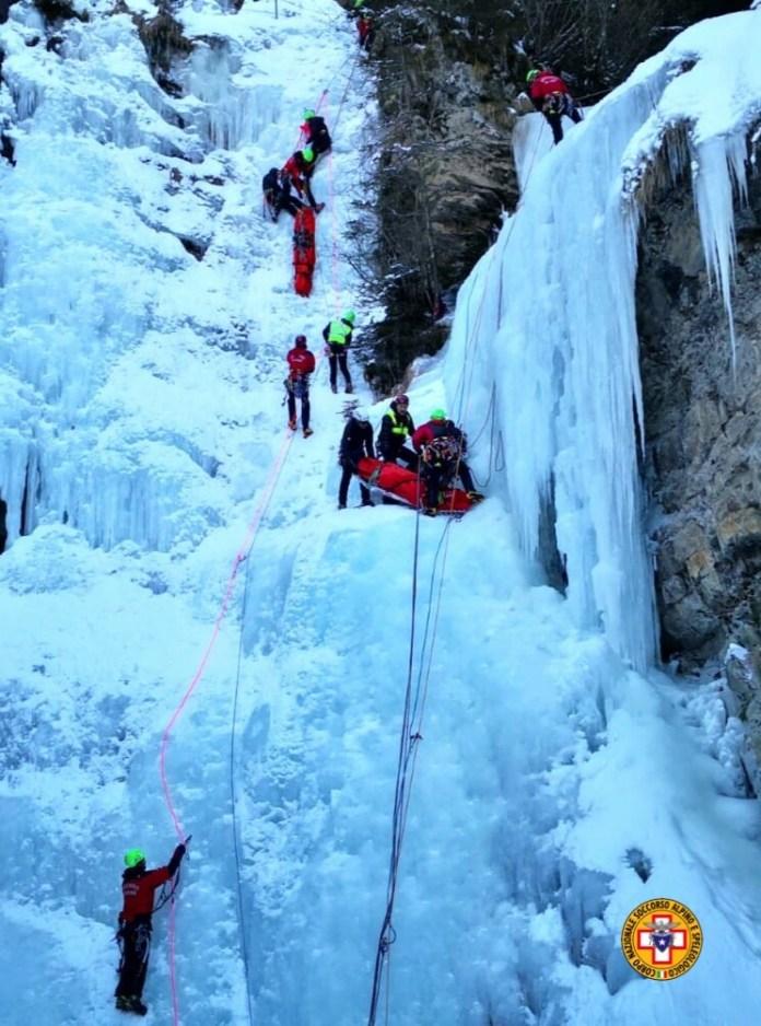 I tecnici del Soccorso alpino hanno partecipato nei giorni scorsi a una simulazione con differenti scenari a Campolaro di Bienno