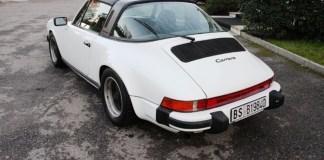 La Porsche 3.0 SC Targa del 1980 rubata domenica 24 febbraio a Brescia - foto da Facebook